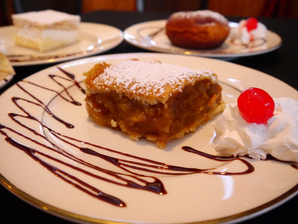 Delicious Polish Cuisine - Polish Food - Cracovia Restaurant - charlotka - apple pie - polish apple cobbler - About